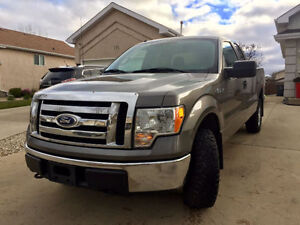 2010 Ford F-150 XLT Pickup Truck/Safetied/ Private sale