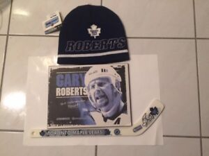 Gary Roberts - Autographed mini stick, toque and plaque