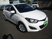 2015 Hyundai i20 PB MY15 Active White 4 Speed Automatic Hatchback St Marys Mitcham Area Preview