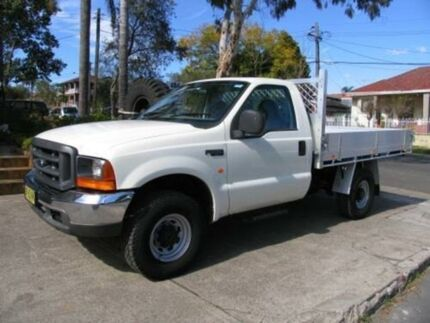 2002 Ford F250 RM XL (4x4) White 5 Speed Manual Cab Chassis Roselands Canterbury Area Preview