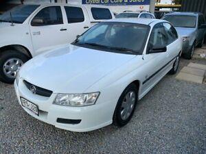 2005 Holden Commodore VZ Executive White 4 Speed Automatic Sedan Park Holme Marion Area Preview