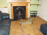 2 bed FURNISHED house Hoole CHESTER, 2 dbl beds, f/f, washing m/c, low maint. yard - still AVAILABLE