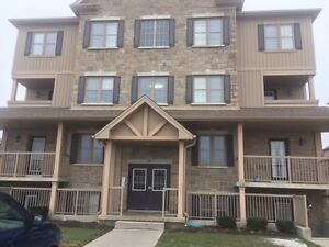 1 Bedroom condo for rent near Highland Rd W and Ira Needles