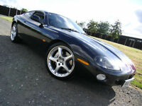 2004 Jaguar XKR 4.2 S/C auto 400 SPORTS COUPE