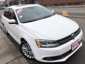 2011 VW Jetta High Line TDI  6 Speed with ONLY 110000km!!!