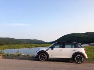 2011 MINI Cooper S Countryman ALL 4 - Open To Trades For Boat