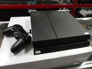 Sony Playstation 4 Console w/ 1 Controller