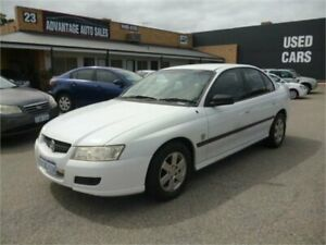 2005 Holden Commodore VZ Executive White 4 Speed Automatic Sedan Wangara Wanneroo Area Preview