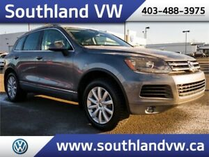 2013 VW Touareg TDI DIESEL . **LEATHER-NAV-SUNROOF**