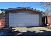 Safe and secure oversized double garage - Bonnie Doon