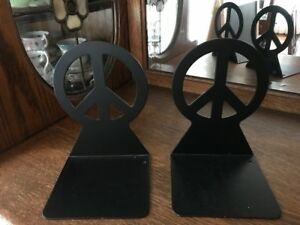 Black Metal Peace Sign Book Ends