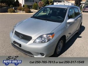 2006 Toyota Matrix XR LOW KM! LOCAL 1 OWNER! 2 SETS TIRES!