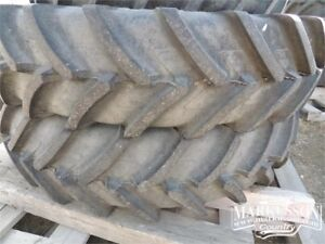 420/80R46 Michelin rims & tires -Set of 2 -off a NH T7.210,75HRS