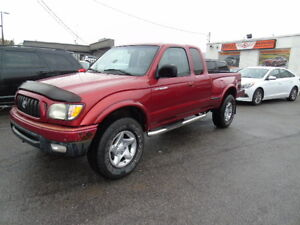 TOYOTA TACOMA 4X4 AUTO AIR  /SUNROOF TRD OFF ROAD LOCKING DIFFER