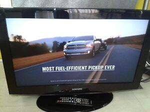 32''SAMSUNG LCD/ EXCELLENT CON. / PERFECT PIC./ Remote& Antenna