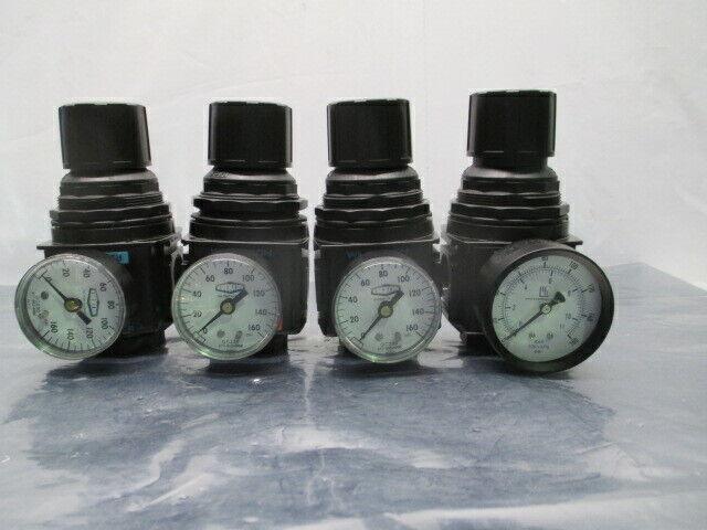 "4 Wilkerson R28-06-F000 Pneumatic Air Regulator w/ Gauge, 3/4"", 453776"