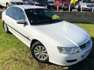 2006 Holden Commodore VZ MY06 Acclaim White 4 Speed Automatic Sedan Wangara Wanneroo Area Preview