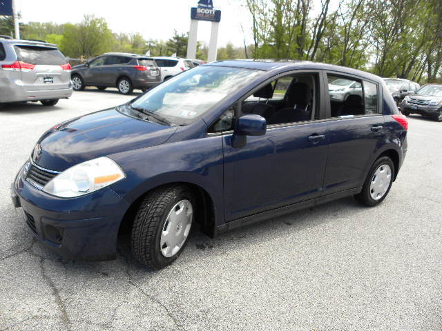 Image 1 of Nissan: Versa 5dr HB…