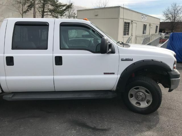 Image 9 Voiture Américaine d'occasion Ford F-350 2006