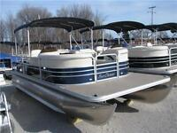 22' Pontoon! Incl. 60HP 4-stroke! --- BEST PRICE IN CANADA ---