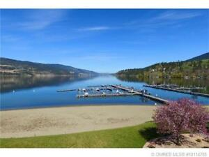 WOOD LAKE, BEAUTIFUL CONDO, GRND FLR, BOATSLIP, POOL HOT TUB