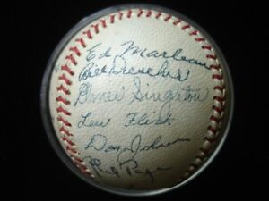 1944 Newark Bears (NY Yankees Affiliate) Team Signed Baseball 21 Signatures JSA