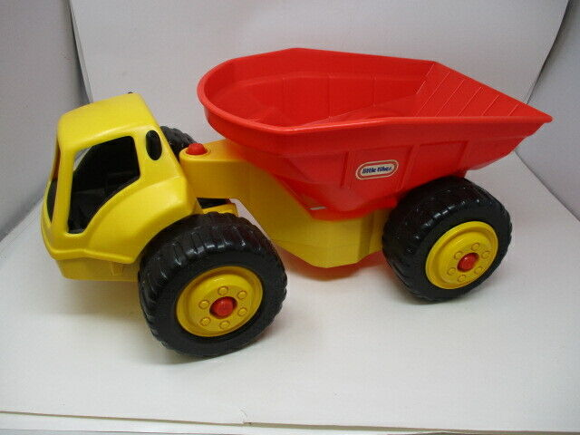 """LITTLE TIKES LARGE DUMP TRUCK  20"""" Long  Yellow With Red Dump Basket  EUC"""