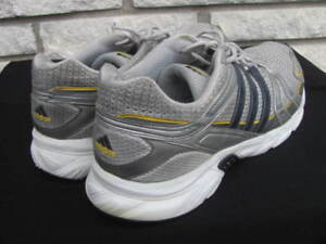 ADIDAS Mens Shoes / Souliers Homme Taille / **Size 14 - 15**