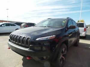 2016 Jeep Cherokee Trailhawk - V6, Leather, Nav, Panoramic Sunro