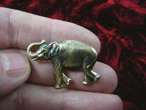 (b-ele-20) small Elephant brass pin pendant elephants lover zoo African safari