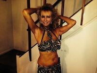 Wonderful Belly dancer London for your Party---add sparkle!