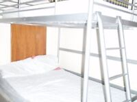 Elephant & Castle/Walworth a big double bedroom , 2 double bed,maximum two people ,Zone 1, £200p/w .