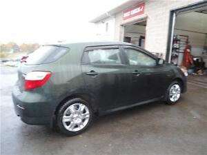 JUST REDUCED !!!2012 MATRIX AUTOMATIC !!! NEW WINTER TIRES