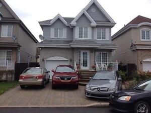 House for Rent in Laval