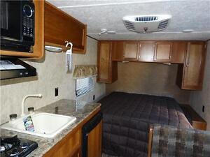 Couples RV! CLEARING 2016 MODELS! Kitchener / Waterloo Kitchener Area image 4