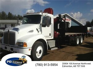 2005 Kenworth T300 T/A Folding Picker Truck