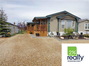 Covered Deck-Stainless Steel-Ensuite-2 A/C's-Listed By 2% Realty