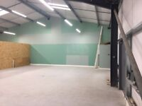 Warehouse / industrial unit / storage space to let 1000 sq ft