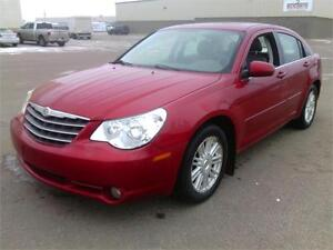 2008 Chrysler Sebring Touring ,LEATHER & MOONROOF, WE FINANCE!