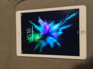 iPad Air 2 for Sale: Like New Condition