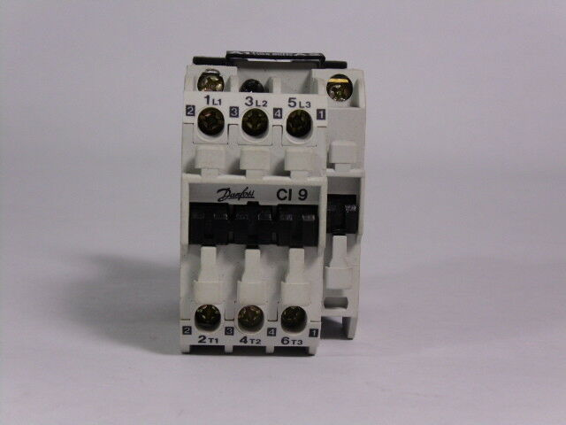 Danfoss CI9-10 Contactor 25Amp 3 Pole 110V Coil  USED
