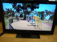 """Sony KDL40NX803 40"""" FULL HD 1080P LCD TV. SECOND HAND, 6 MONTH PARTS & LABOUR WARRANTY."""