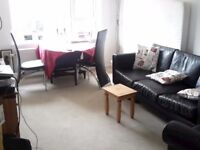 Warm comfortable 1 bed flat in Barton le Clay to swap with 1-3 beds within 50 miles or so...