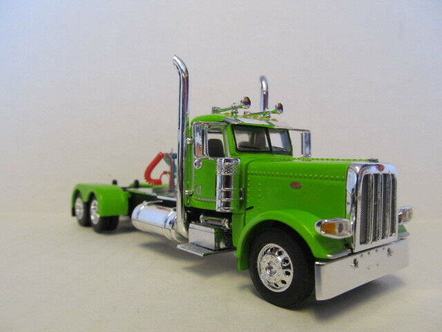 DCP 1/64 SCALE 389 PETERBILT DAY CAB (LONG FRAME) LIME GREEN