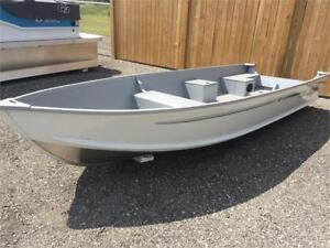 AlumaCraft V16 w/ Yamaha F25SWHC and Trailer