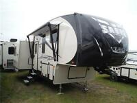 2016 Sabre Lite 28RL Luxury 5th Wheel Trailer- 1/2 ton towable
