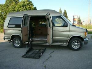 2000 FORD ECONOLINE - HIGH ROOF * WHEELCHAIR ACCESSIBLE VAN