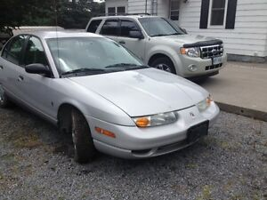 2000 Saturn SL1 for parts