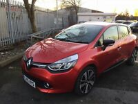 RENAULT CLIO 1.5 DYNAMIQUE S MEDIANAV DCI 5d AUTO 90 BHP 1 OWNE (red) 2015