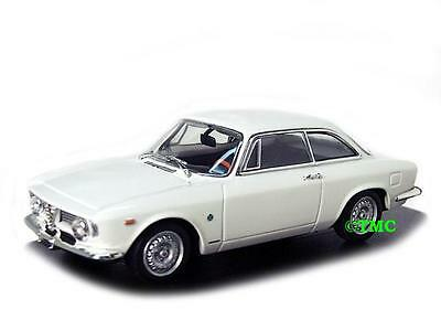 Alfa Romeo Giulia Sprint GTA 1965 weiss / Minichamps 1:43